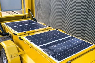 Energieneutrale tekstkarren met zonnepanelen
